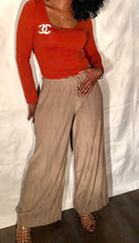 Load image into Gallery viewer, Queening Pants-Taupe
