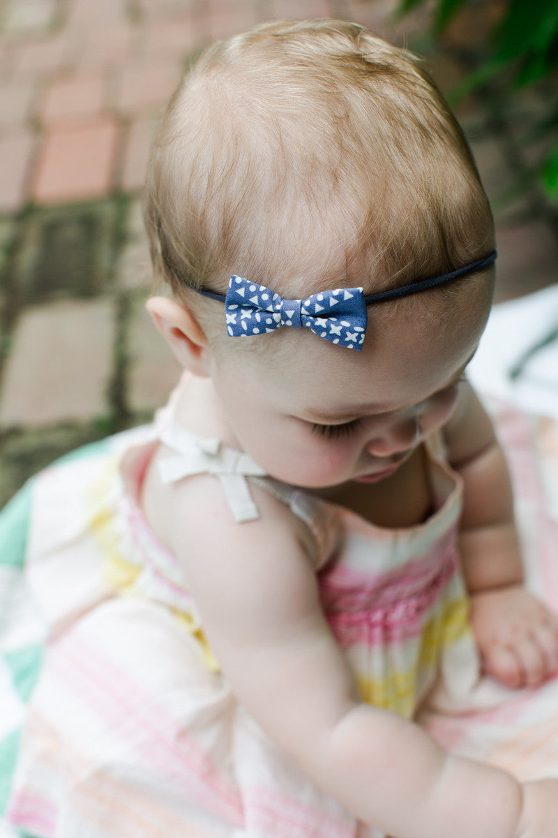 soft and delicate baby bows for babies