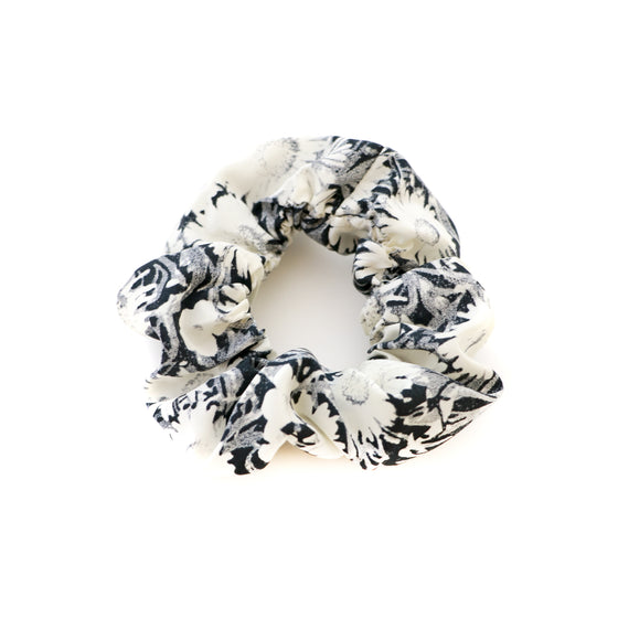 Black and White Daisy Scrunchie