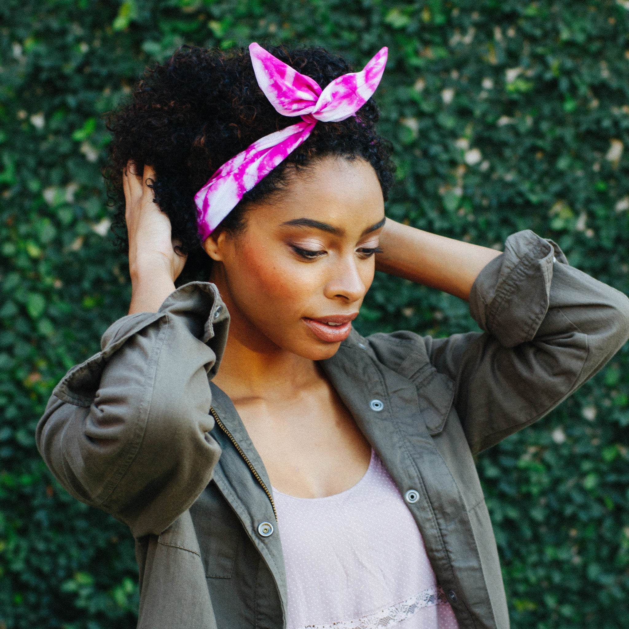 Black and Tan Triangle Wire Headband