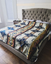 Load image into Gallery viewer, Southwest Bedspreads - QUEEN