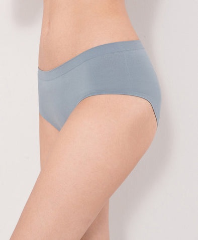 Super Stretchable Seamless Hipster Panties - Young Hearts Lingerie Malaysia