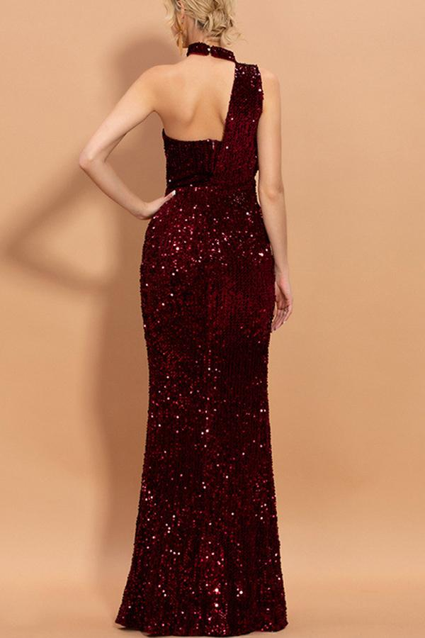 Load image into Gallery viewer, Burgundy Mermaid Sequined Halter Long Prom Dress