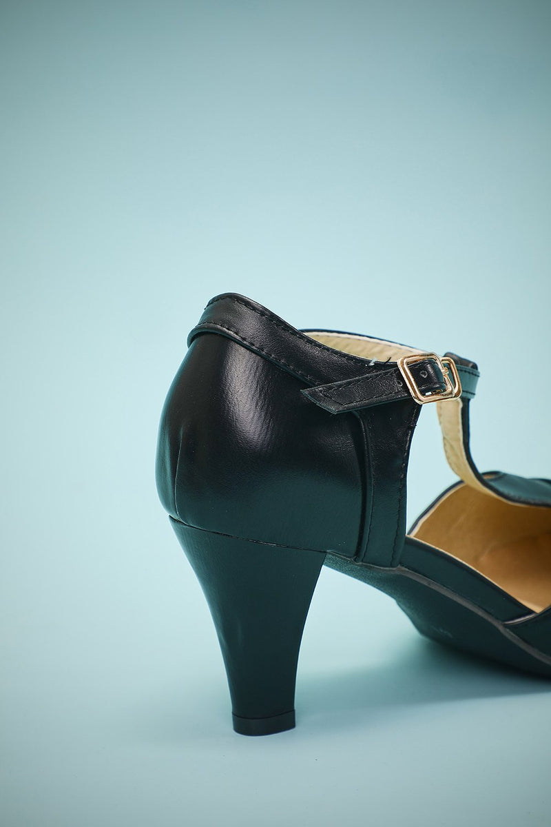 Load image into Gallery viewer, Black Leather Pointy Heels