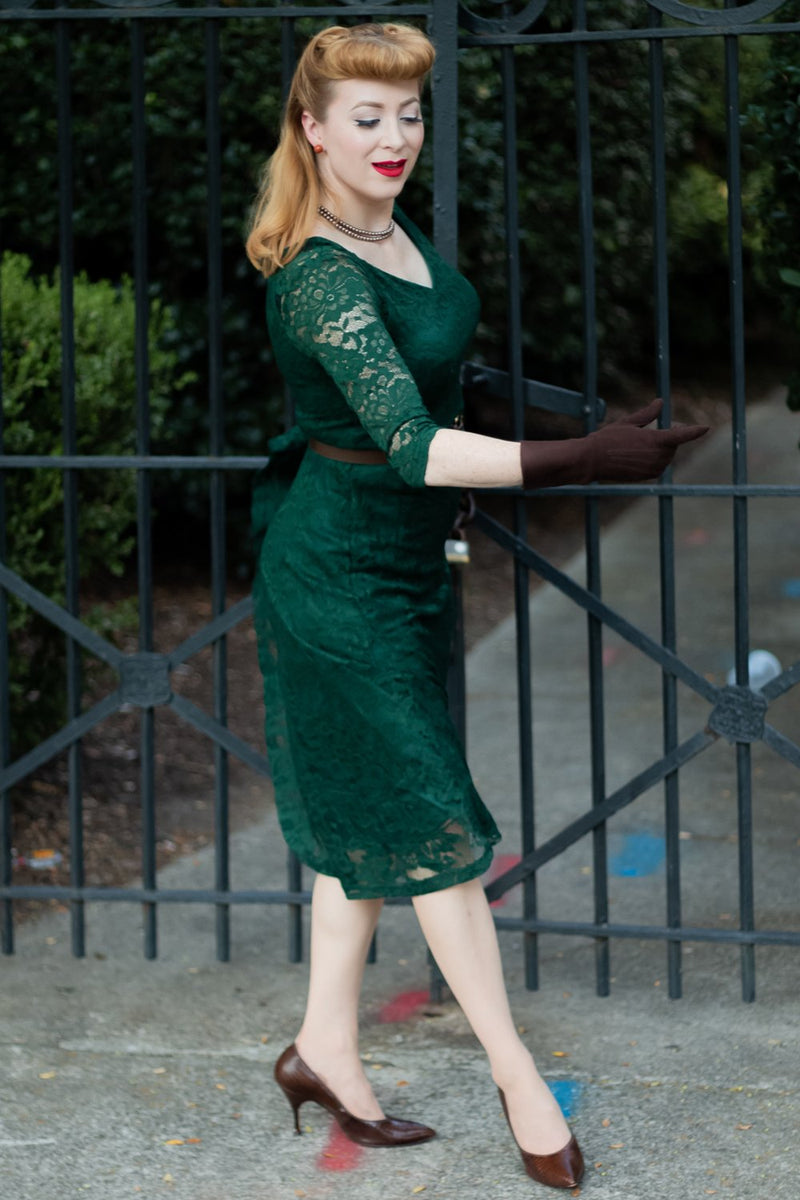 Load image into Gallery viewer, Exclusive Green Lace Midi Dress