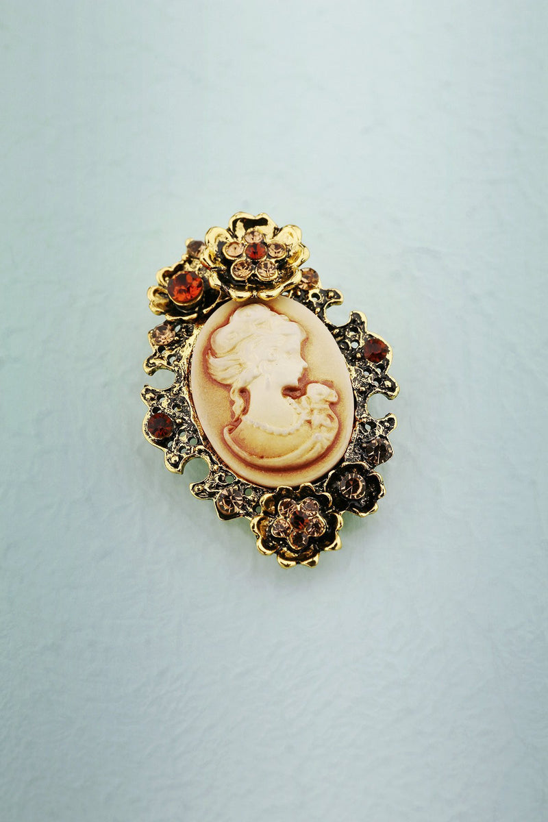 Load image into Gallery viewer, Rhinestone Beauty Brooch - ZAPAKA