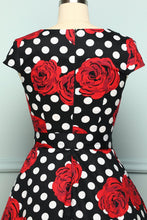Load image into Gallery viewer, Rose Dots 1950s - ZAPAKA