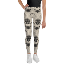 Load image into Gallery viewer, ARROSA ZURI WHITE ROSES Leggings