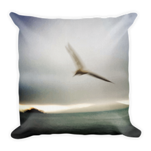 Load image into Gallery viewer, HEGAZTI OISEAU Premium Pillow