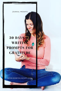 Free printable and downloadable journal prompts for gratitude by Journals of Discovery