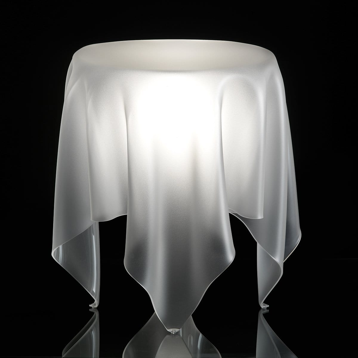 Essey Illusion Grand Ice Table - Bronx Homewares