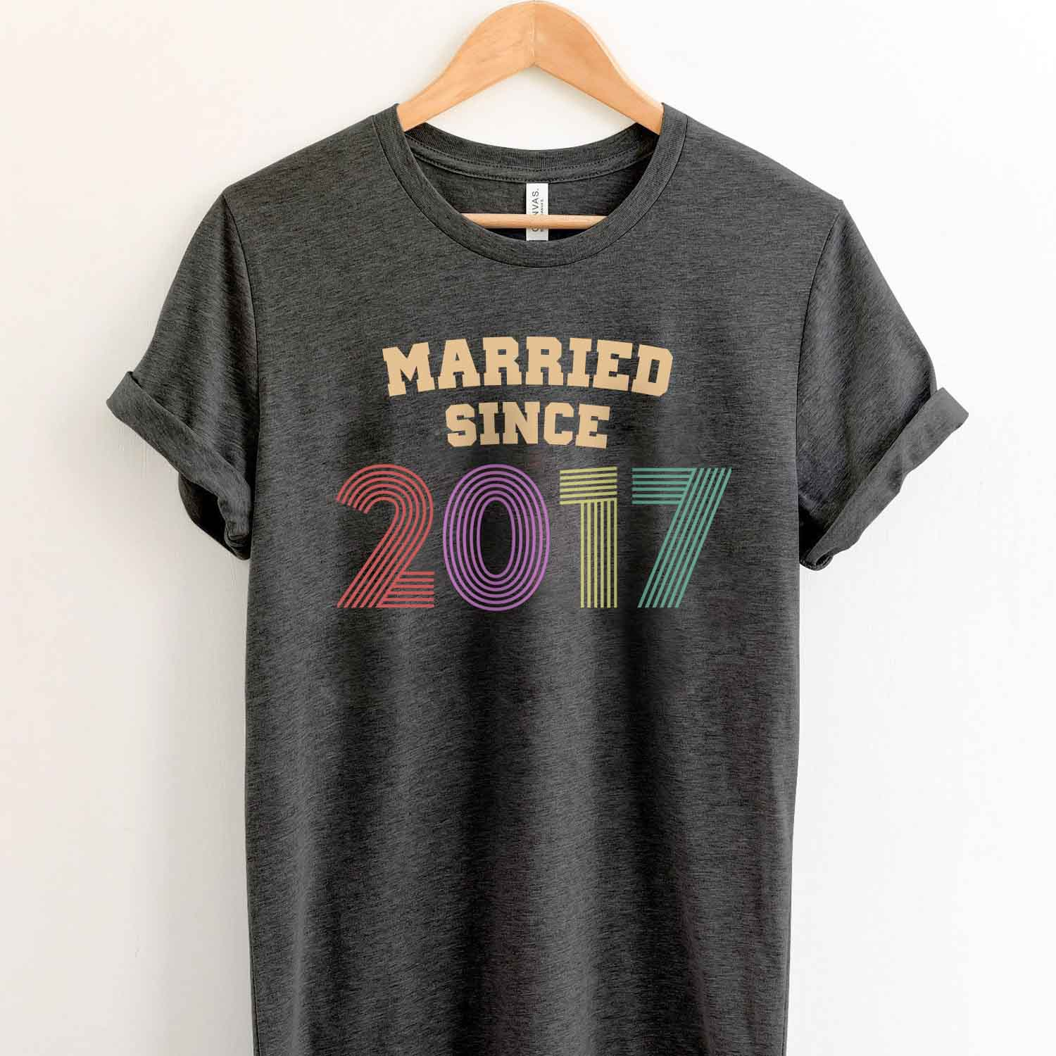 Married Since 2017 2nd Wedding Anniversary Lovebirds Couples Surprise Gift T Shirt