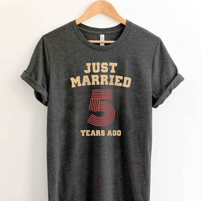 Just Married 5 Years Ago 2014 T Shirt Perfect Sweet Romantic Gift for Couple Husband Wife