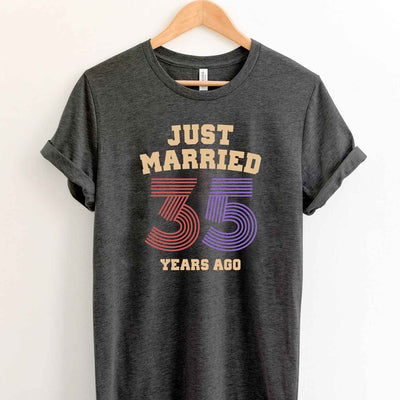 Just Married 35 Years Ago 1984 T Shirt Perfect Sweet Romantic Gift for Couple Husband Wife