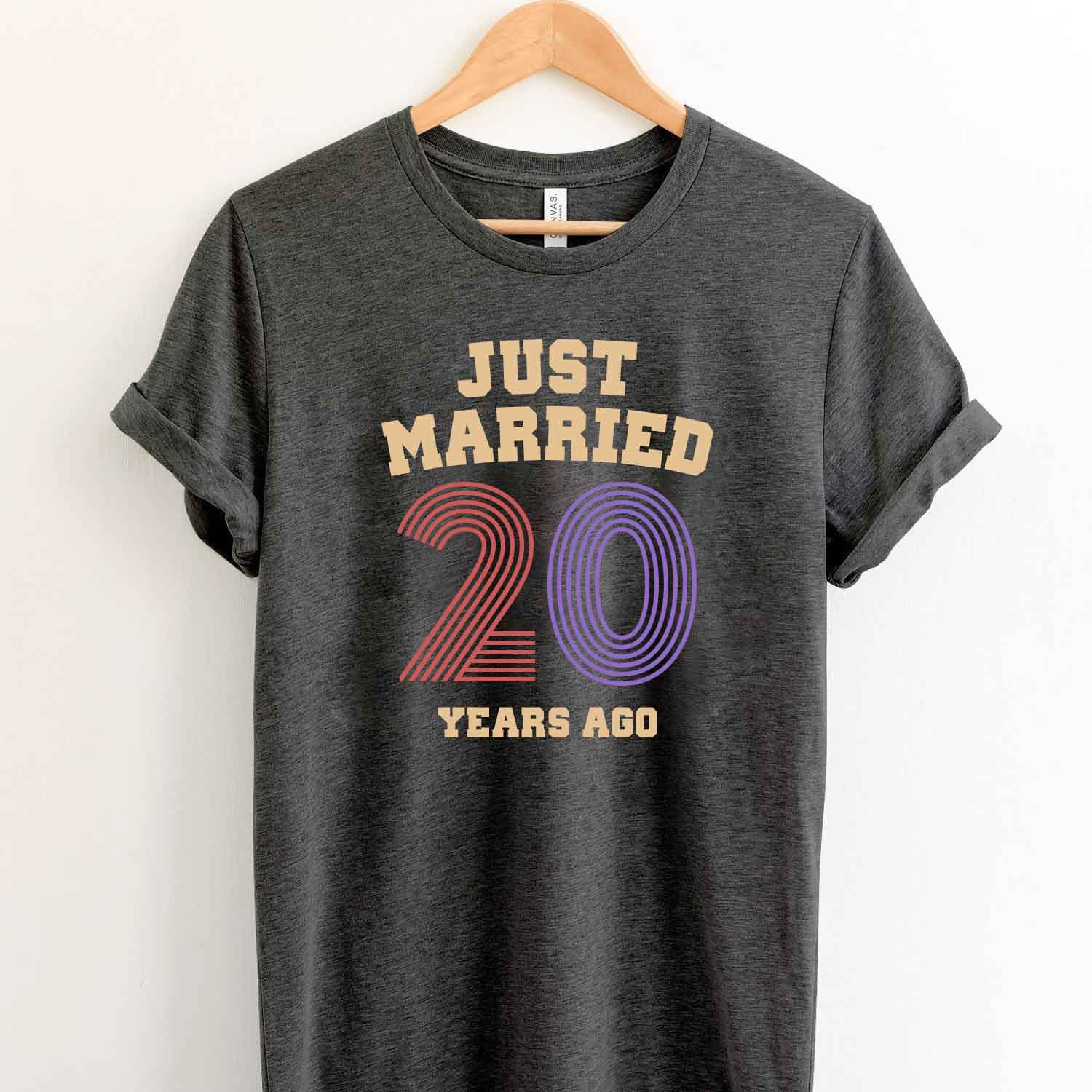Just Married 20 Years Ago 1999 T Shirt Perfect Sweet Romantic Gift for Couple Husband Wife