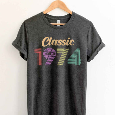 Vintage 1974 45th Birthday Anniversary T Shirt Gift for Family and Friend