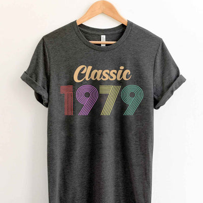 Vintage 1979 40th Birthday Anniversary T Shirt Gift for Family and Friend