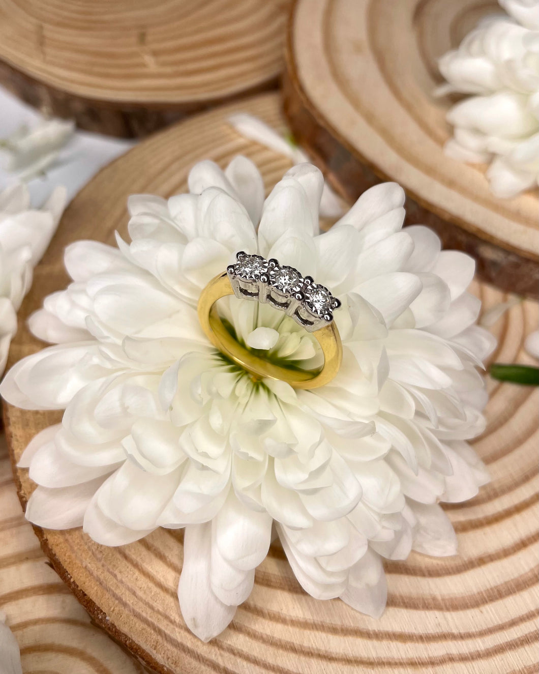 18ct Yellow Gold Three Diamond Illusion Engagement ring