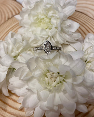 18ct Marquise Illusion Engagement Ring