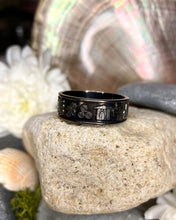 Load image into Gallery viewer, Ring of Ireland Black Rhodium