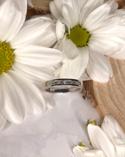 18ct White Gold Baguette & Princess Diamond Wedding Band