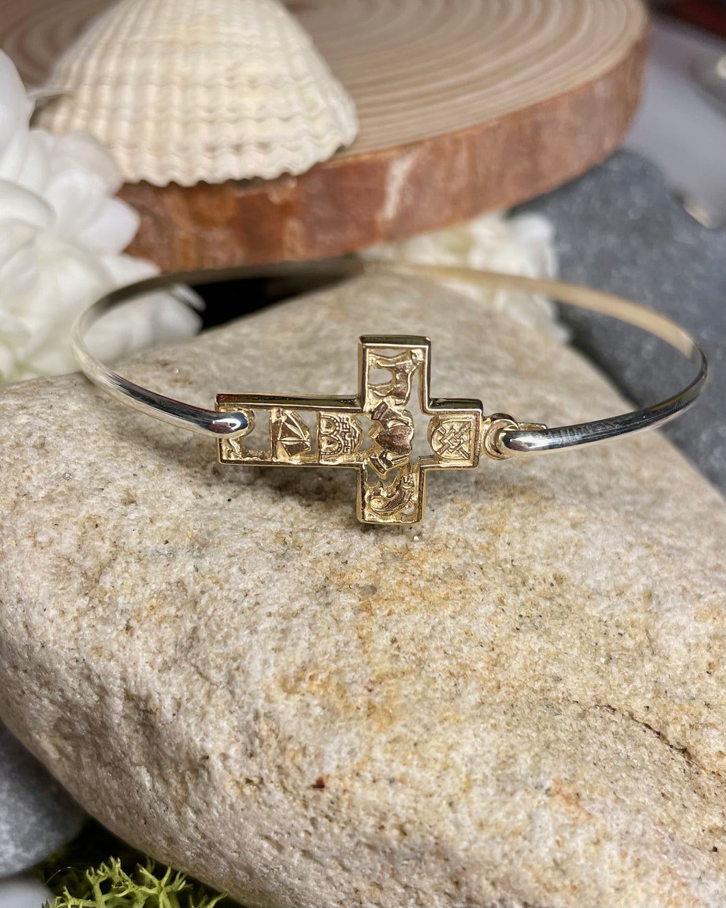 Story of Galway 9ct Gold Open Cross Bangle
