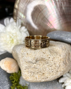 Gents Gold Ring of Ireland