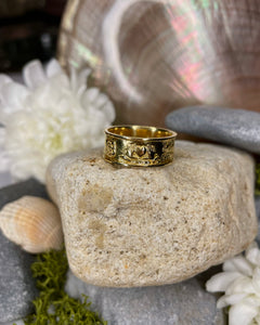Story of Galway 18ct Ring