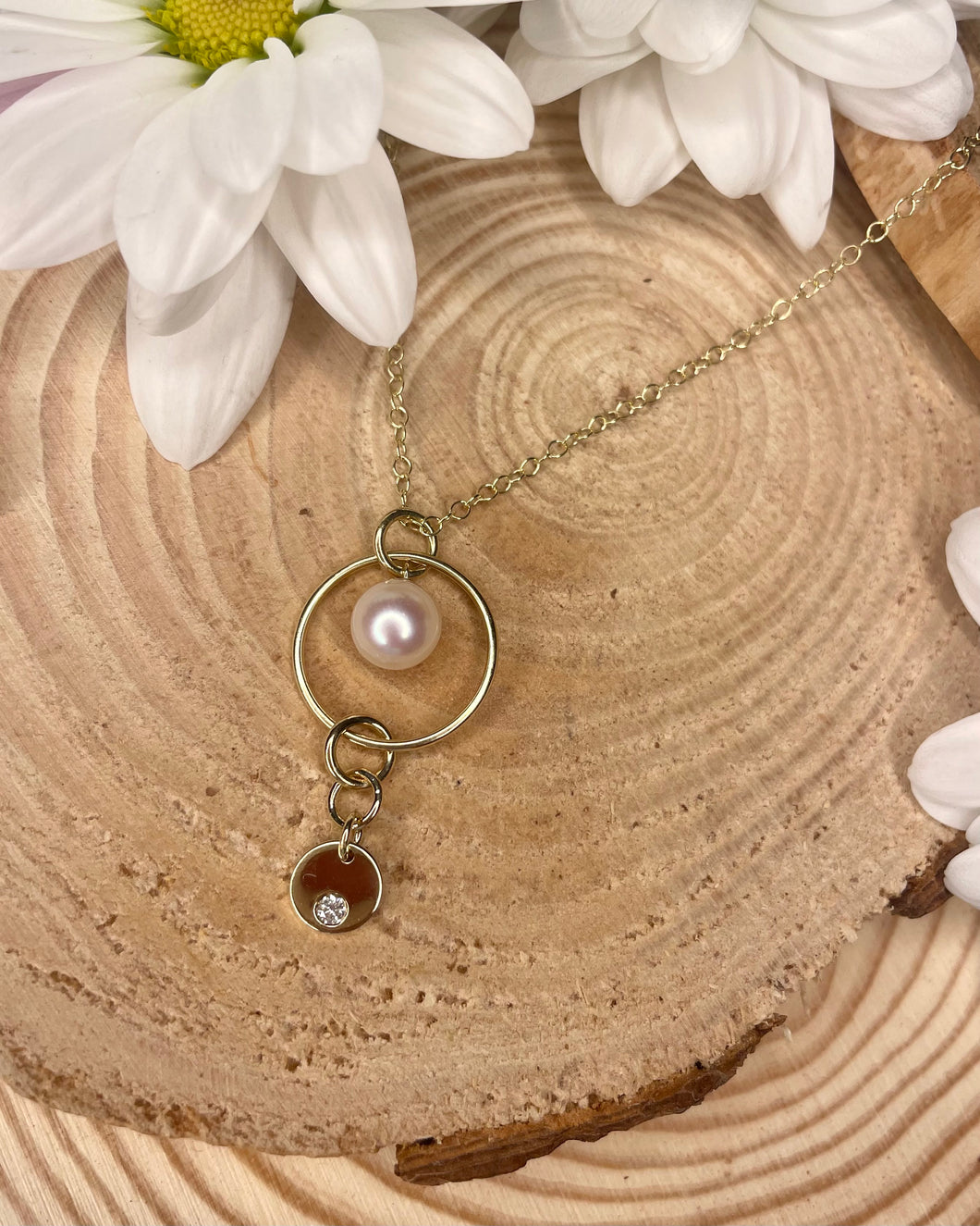 9ct Yellow Gold Circle Pearl & Hanging Diamond Pendant
