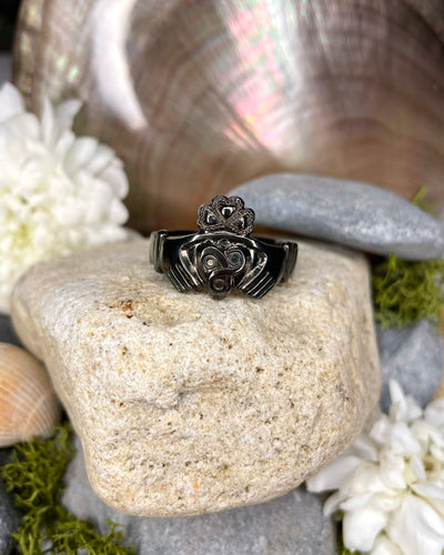 Black Rhodium Claddagh Millenium 'Trinity' Ring