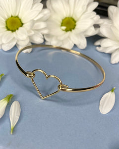Heart 9ct Yellow Gold Bangle
