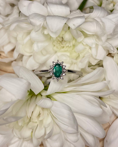 9ct Emerald & Diamond Cluster Ring