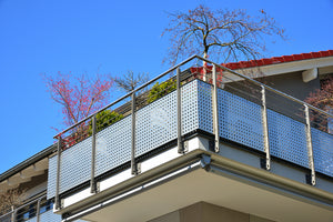 Benefits of Metal Privacy Screens