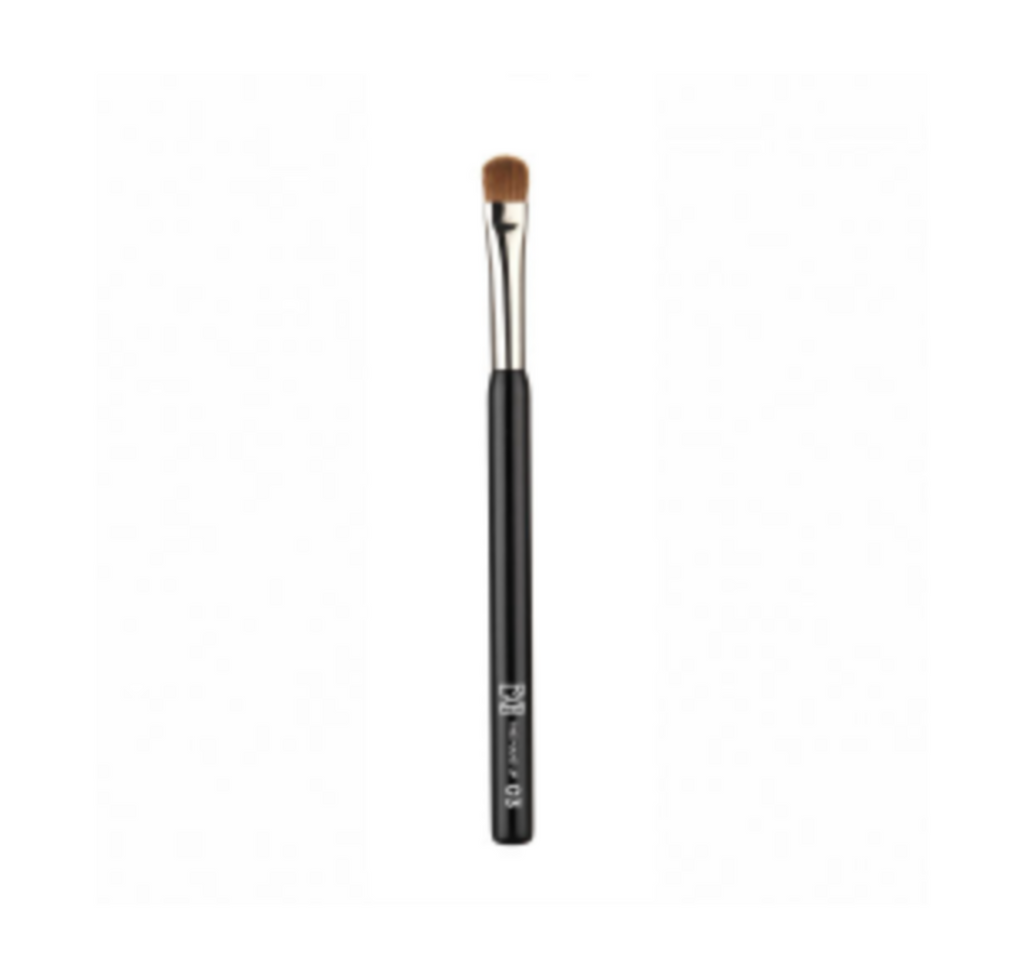 RVB Lab The Make Up Brush 02