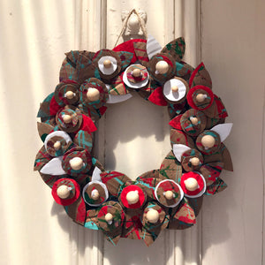 How to make an up-cycled Christmas wreath decoration