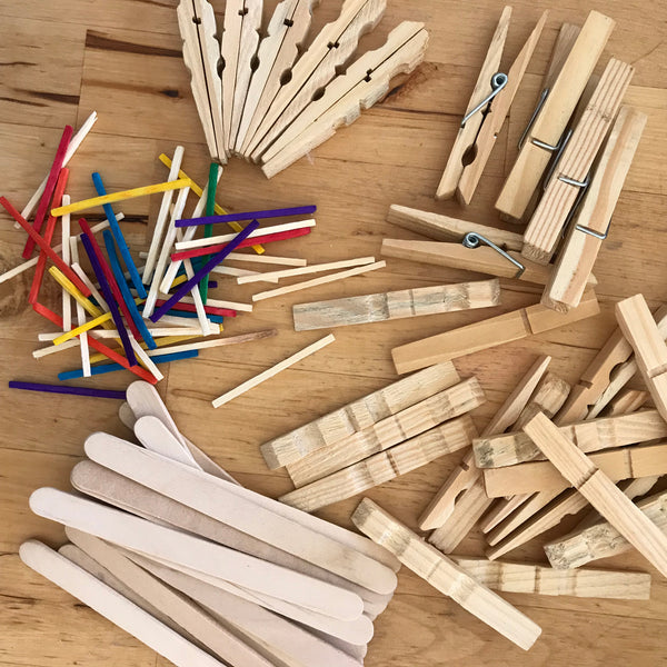 Wooden pegs and sticks to make christmas star decorations