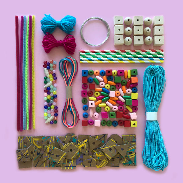 Jewellery and threading children's craft kit