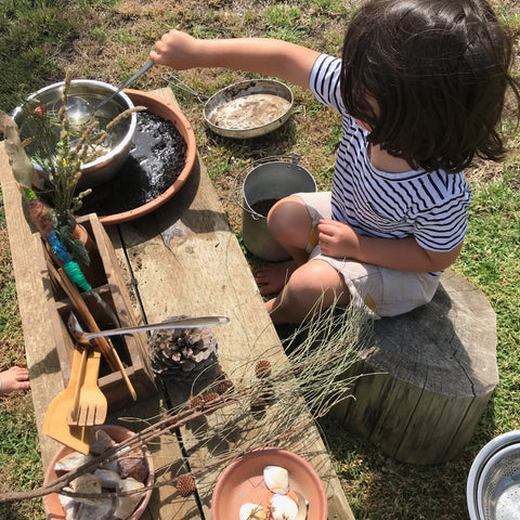 Cheap and easy mud kitchen