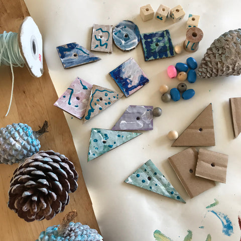Pretty pine cone decorations kids crafts