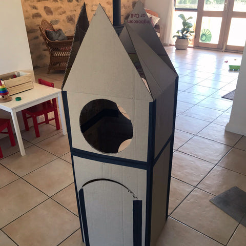 Large kids cardboard box rocket
