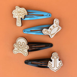 PIRATE hair clips