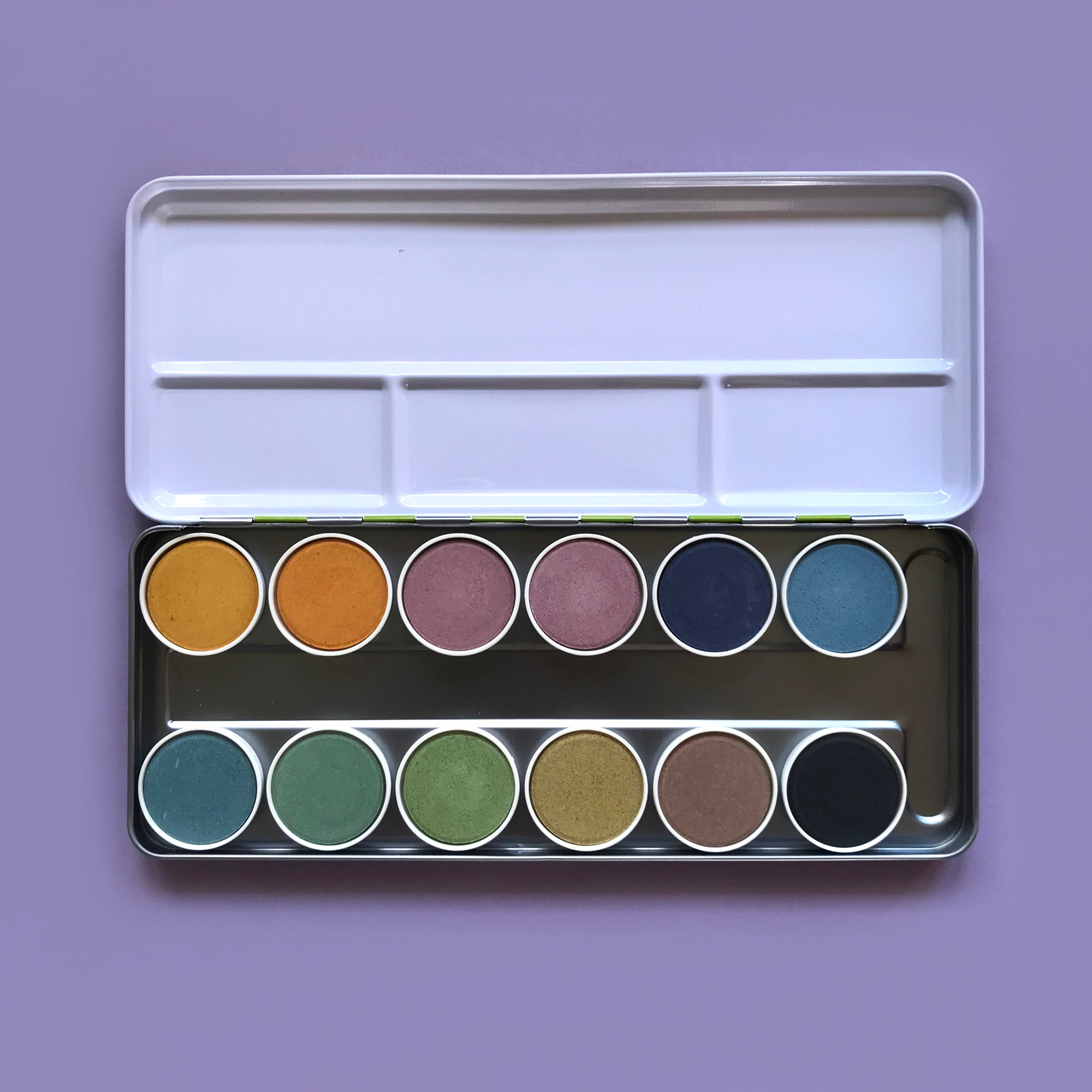 Nawaro 12 Colour Natural Watercolour Paint Set in Metal Case