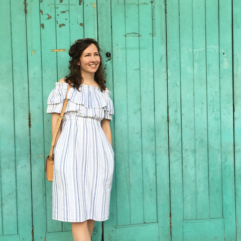 Swahlee creates a handmade capsule wardrobe of clothing essentials made ethically in India using sustainable production and natural fabrics.