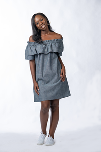 Akha in Chambray