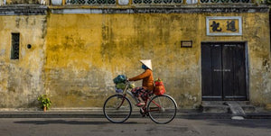 Cycling on the streets of Hoi An