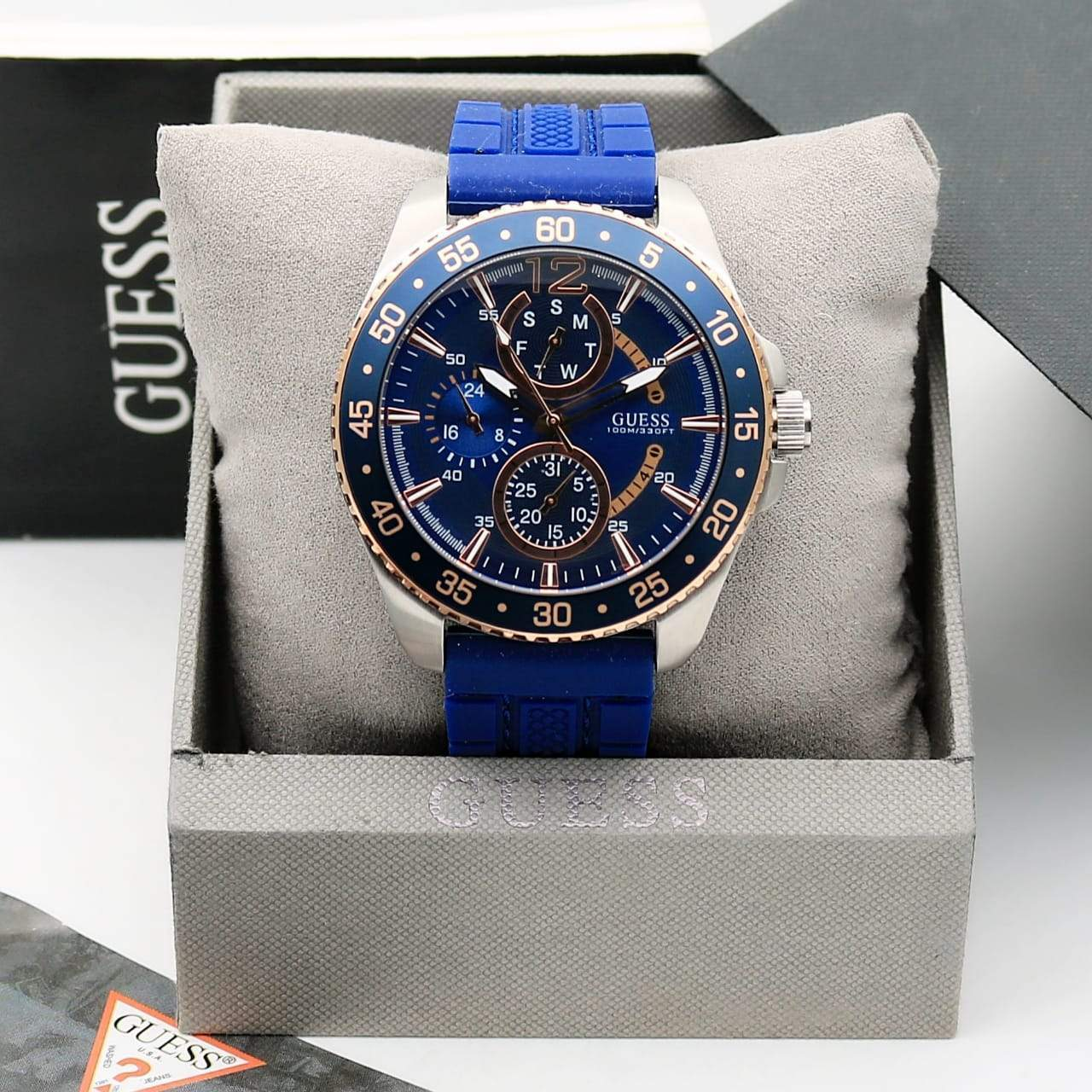 First Copy Guess W0798G2 Blue Dial Silicon Strap Men's Watch