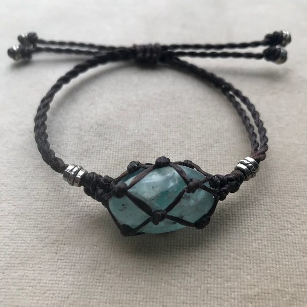 Macrame Crystal Pouch Bracelet with Fluorite
