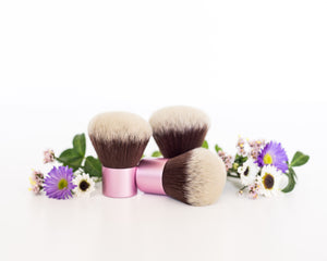 Short Handled Kabuki Brush