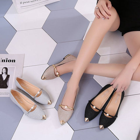 Pointed toe, flat, comfortable women's shoes