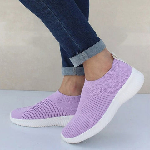 purple women's sports shoes